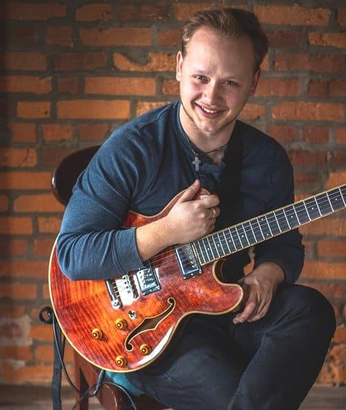 Guitar House Workshop - Image 3