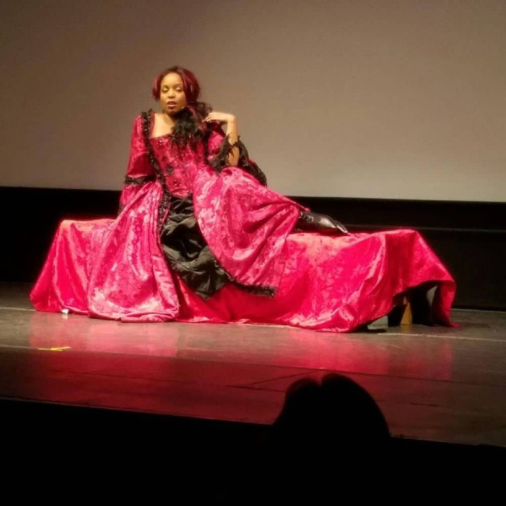 Bianca's Historic Costumes - Image 1